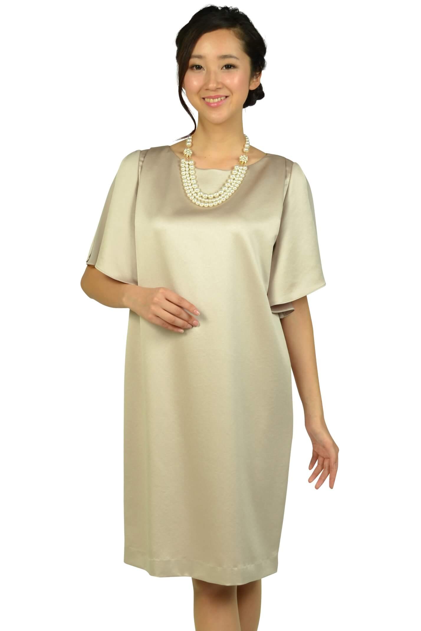 アンタイトル(UNTITLED)光沢シャンパンベージュゆったりドレス